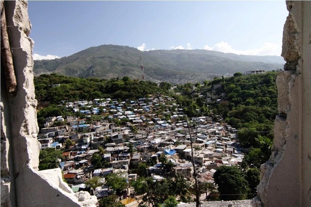Vista de Porto Príncipe, capital do Haiti. Foto: Eliza Capai