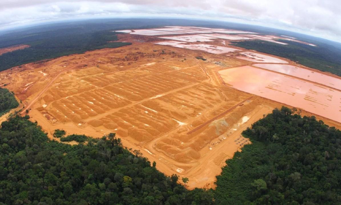 A MRN tem 22 barragens de rejeito de bauxita e areia (Foto: Carlos Penteado/CPI)