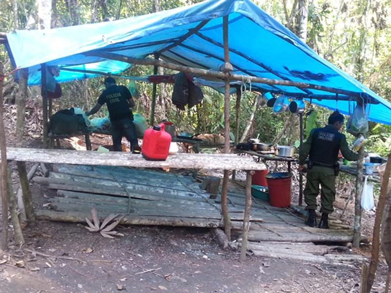 Polícias Civil e Militar desarticulam esquema de trabalho escravo em Rurópolis, sudoeste paraense, em 201