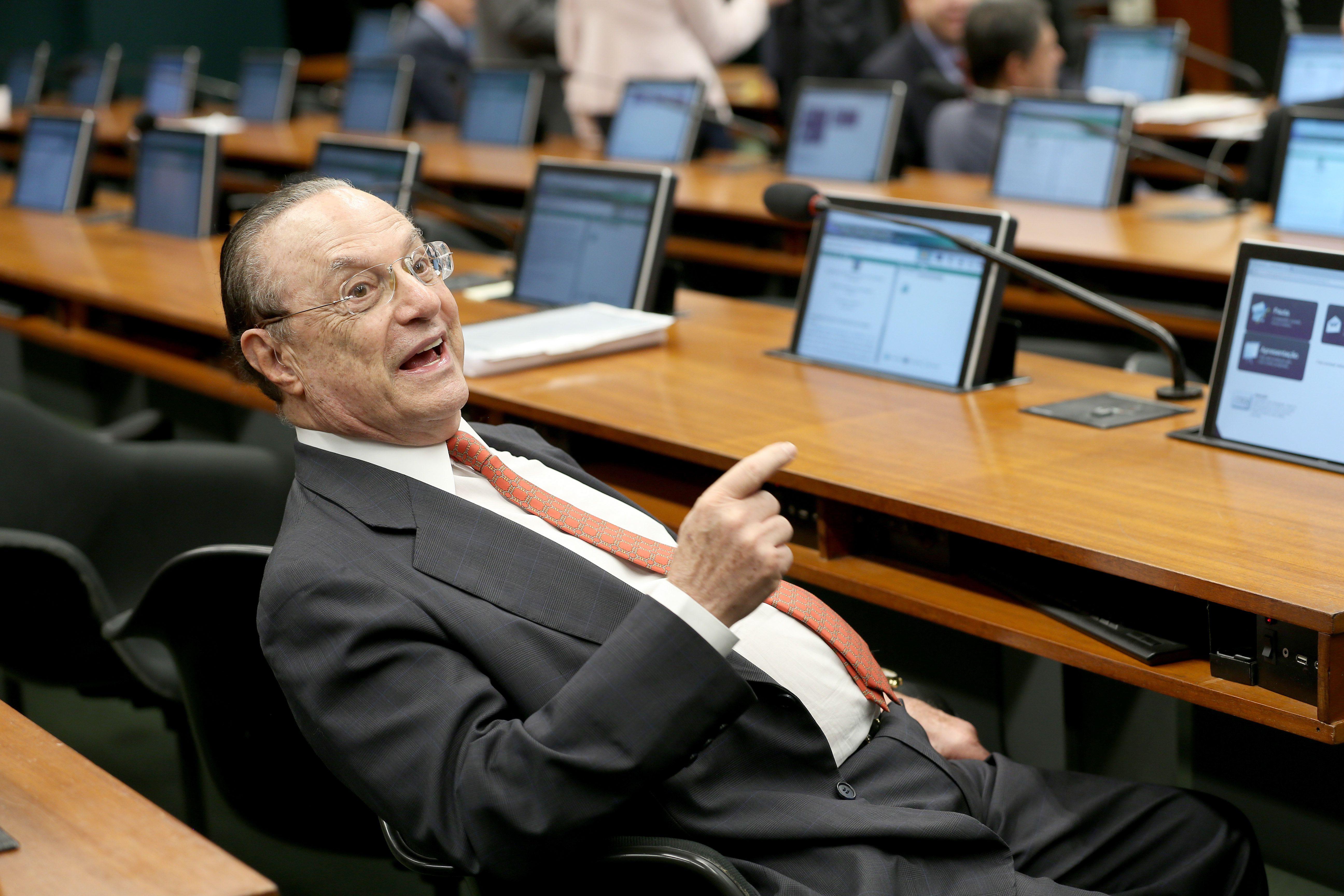 Paulo Maluf, na época em que era deputado federal: político teve o mandato cassado em agosto