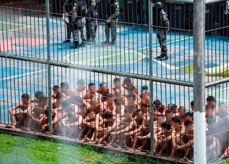 Com saúde à beira do colapso, Amazonas isola 300 presos e não testa doentes