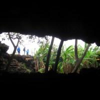 Explorando las cavernas de Rapa Nui