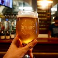 Altamira: Sabor e historia cervecera a los pies del ascensor Reina Victoria