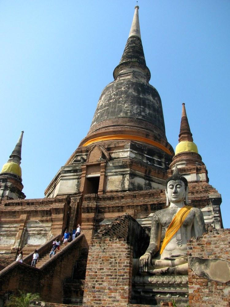 Gran Chedi de Wat Yai Chaya Mongkol