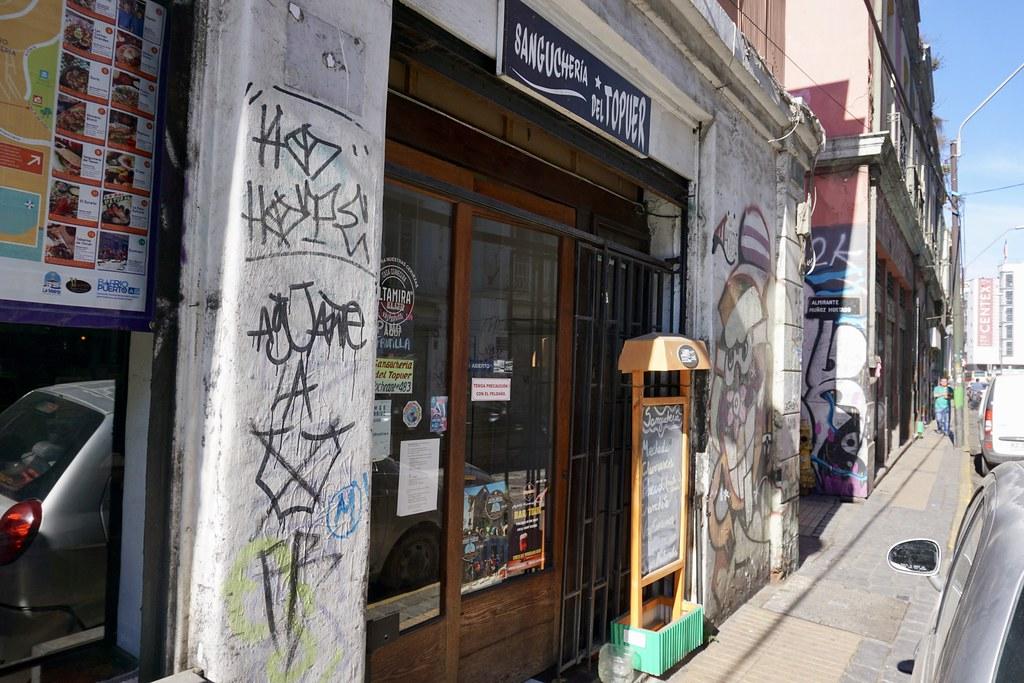 Sándwich del Topuer, Barrio Puerto