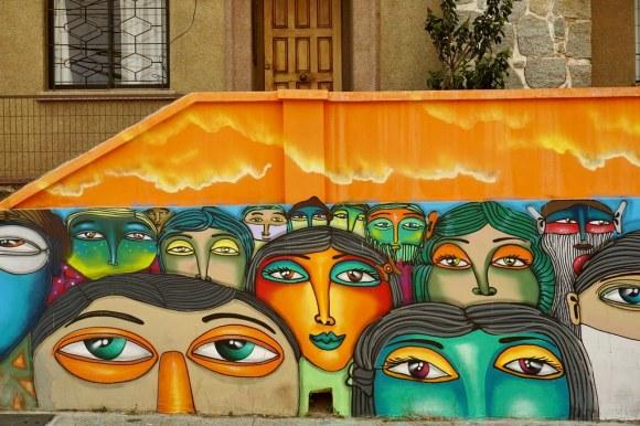 Mural de Un Kolor Distinto en Avenida Alemania, Valparaíso
