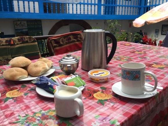 Desayuno Hostal Euro's