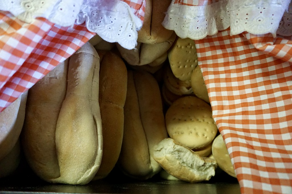 Pan batido en Almacén Naval