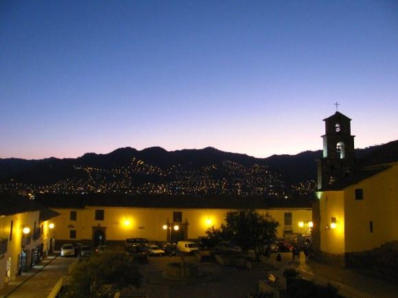 Plaza de San Blas al atardecer