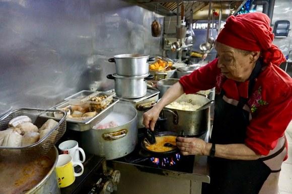 Antonia Emilia González, maestra de cocina de Restorán Capri