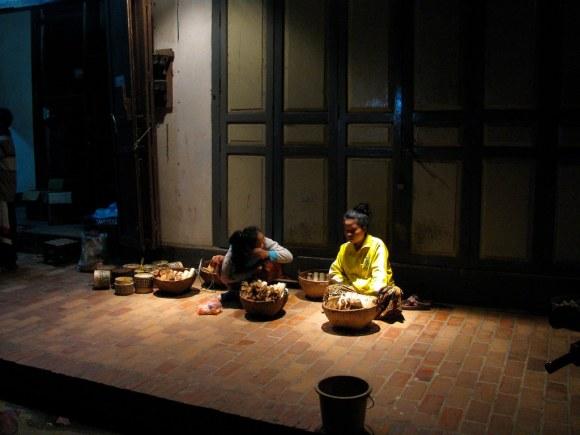 Madrugada en Luang Prabang