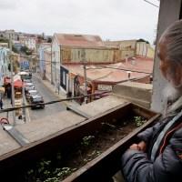 La llegada al mundo de Antonio Parra y algunos recuerdos de Valparaíso