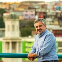 """Claudio Reyes, candidato a alcalde: """"Hay que recuperar Valparaíso para los porteños y las porteñas"""""""