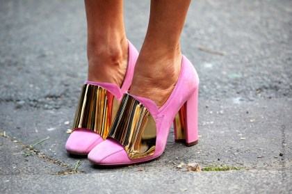 la-modella-mafia-anna-dello-russo-fashion-editor-street-style-color-chic-11.jpg_1097337557