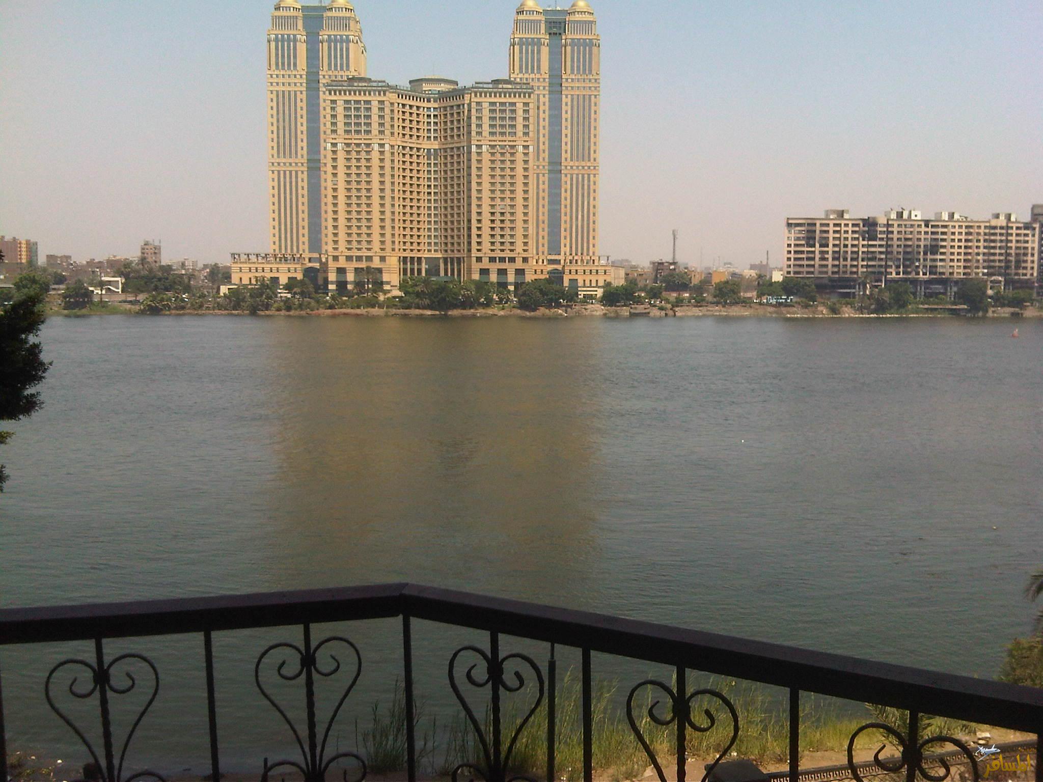العقارات المطلة على النيل بمصر