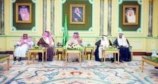 اجتماع الأمي فيصل بن سلمان مع أعضاء مجلس الغرف