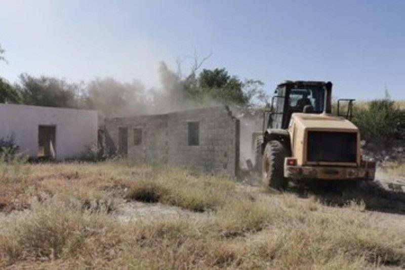 إزالة تعديات على الأراضي الحكومية في محايل