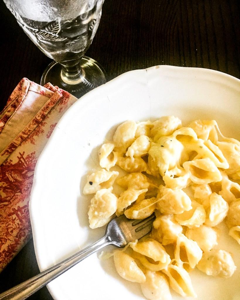 garlic mac and cheese in a bowl