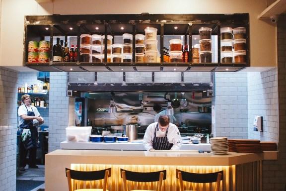 open-kitchen-lokal