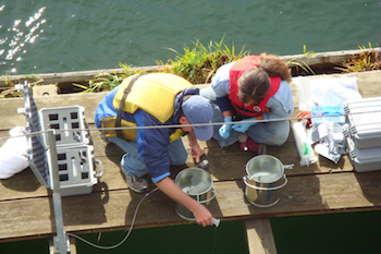 Obtaining water samples with ease