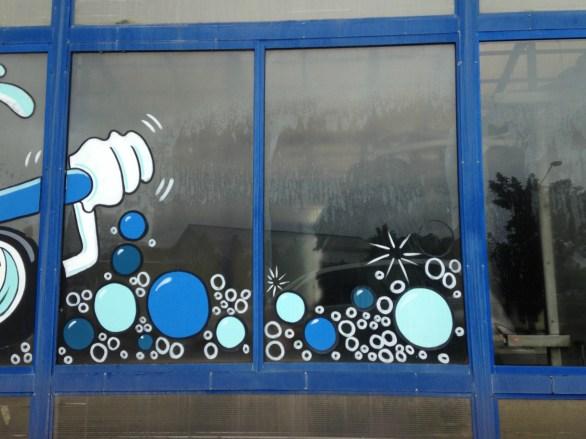 bubbles b