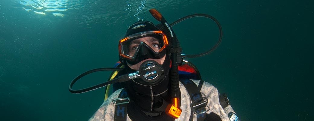 Self-Reliant Diver