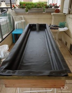 Le syst me aquaponique de la mam orge 39 m mes en d tail for Bache bassin verte