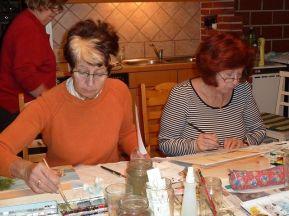 Annemarie und Anneliese, Ilse im Hintergrund
