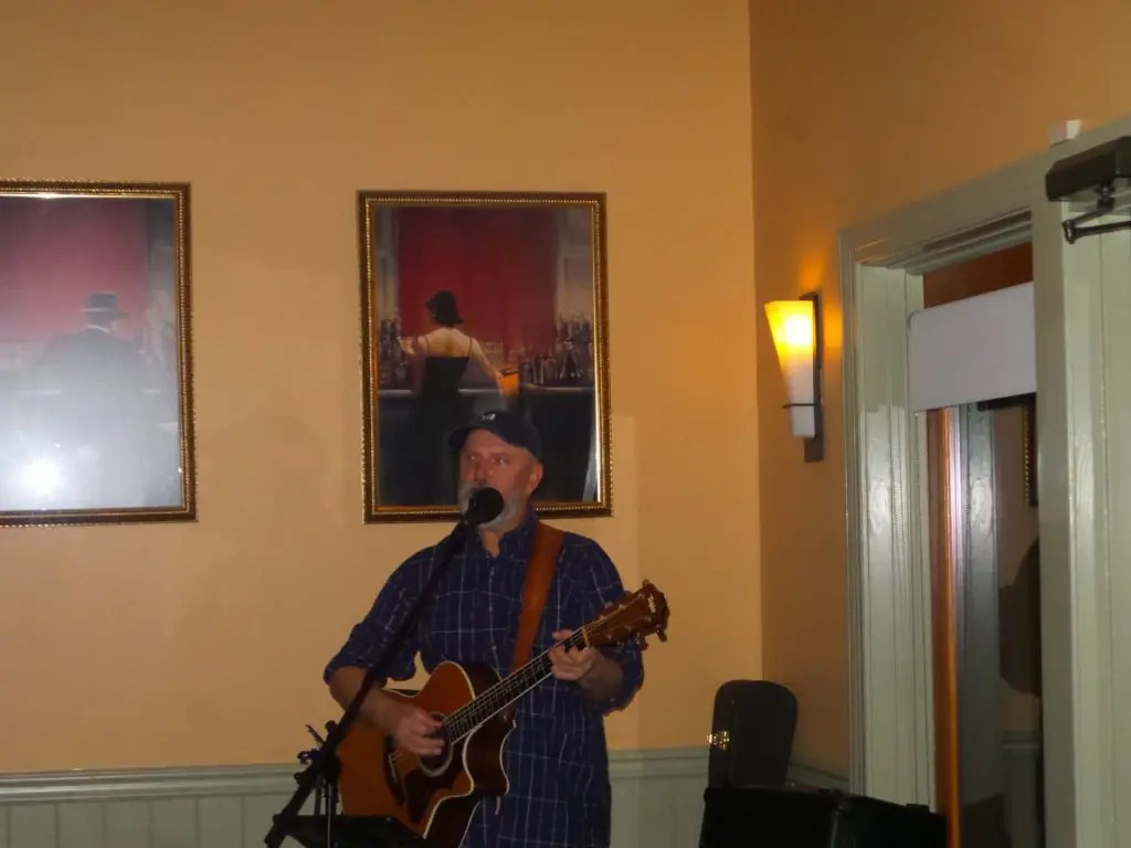 Live Music by Monte Hooker
