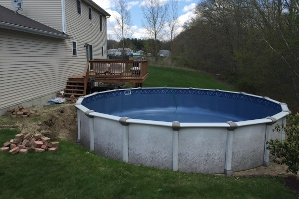 24 ft Above Ground Pool Installed by Pool Contractor in Medway Ma