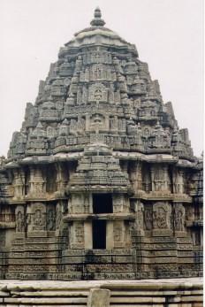 Shrine_(Vimana)_at_Lakshminarayana_Templeat_Hosaholalu