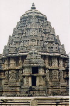 Shrine_(Vimana)_at_Lakshminarayana_Templeat_Hosaholalu
