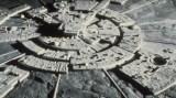 Alien-Moon-Base