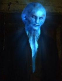 Blue Aliens 7c17bf0e52ae7e2edbcec5e9f70e0f17