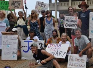 Janet & Sasha Peace Rally 11887893_10154109697982166_6573592746556317233_n