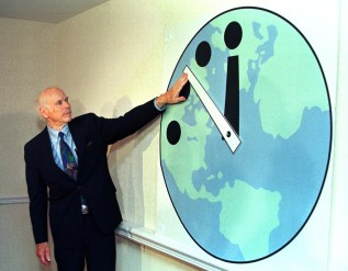 doomsday clock RTRESZW-1024x800
