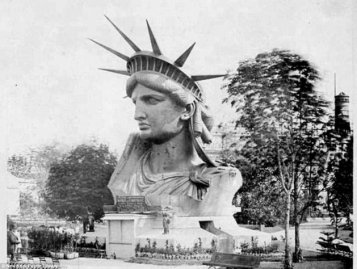 Statue-of-Liberty-Bust-Vintage-Photo