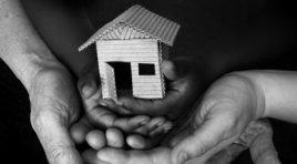 HOMELESS-FAMILY-facebook-1-900x500