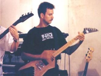 Michael Z Williamson mikew3_guitar