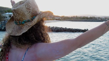 I say goodbye to the ocean on my last full day in Airlie Beach. Photo by: Leviana Coccia.