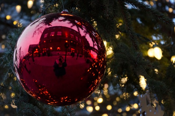 Of course, I had to take a #selfie in one of the beautiful ornaments on the iconic tree.