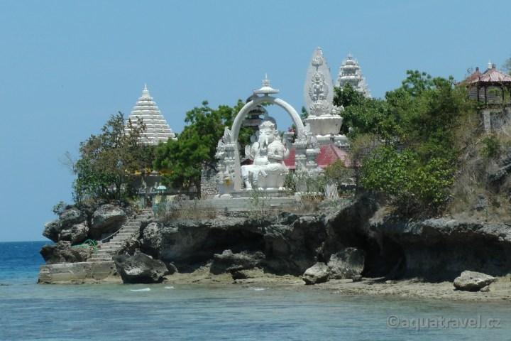 Socha Ganeši na ostrově Menjangan