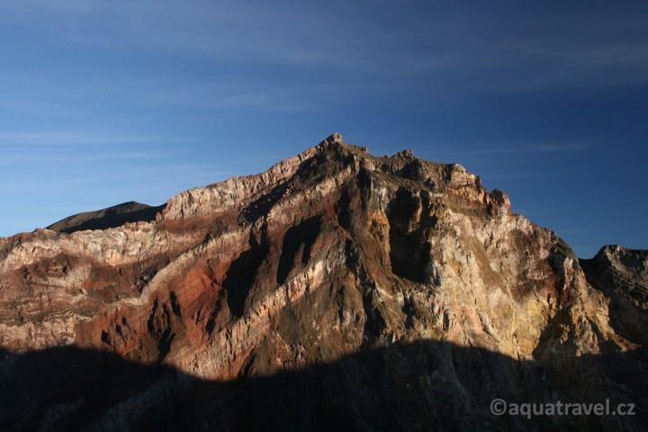 Mt.Agung vrchol 3033 m.n.m. po východu slunce