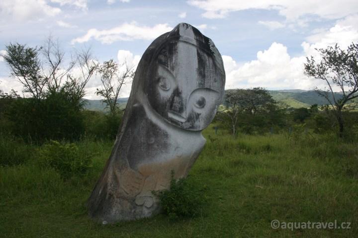Palindo - megalit v údolí Bada s tajemnou minulostí