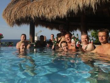Selang resort bazén. Bali dovolená s potápěním