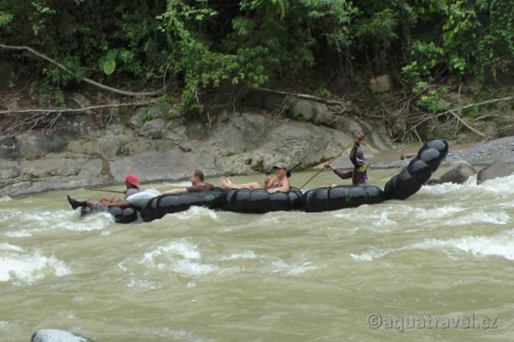 Rafting v Bukit Lawang na Sumatře