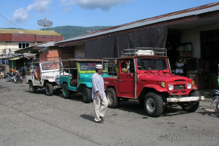 Jeepy v Kalabahi na Aloru