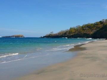 Bílá pláž Pasir Putih