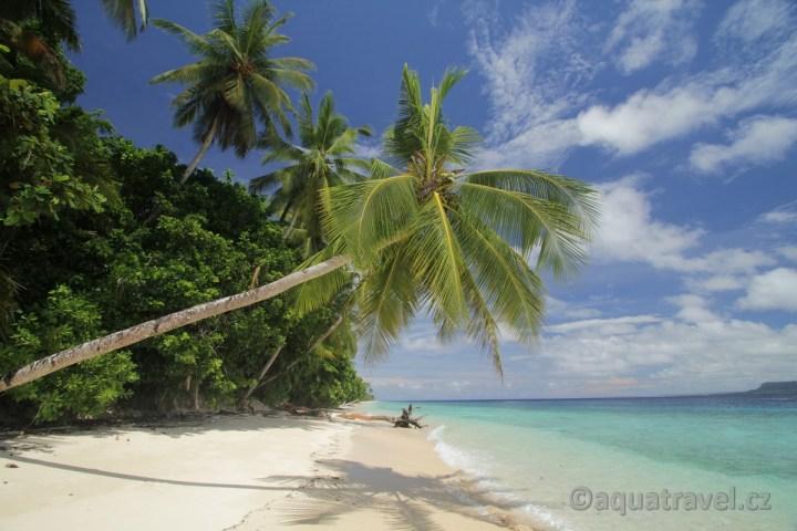 Pláž ostrova Owi - prodloužení o Biak
