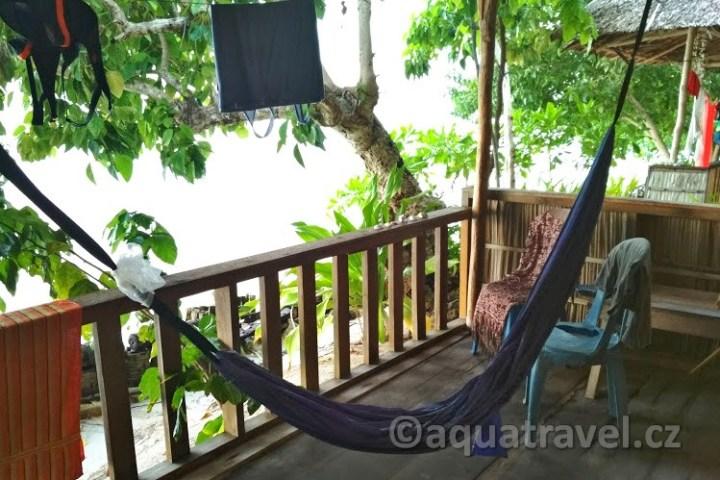 Ubytování na Raja Ampat - terasa na Kri